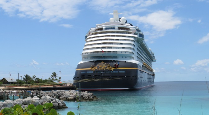 Guide to Disney Cruise Line Photo Packages