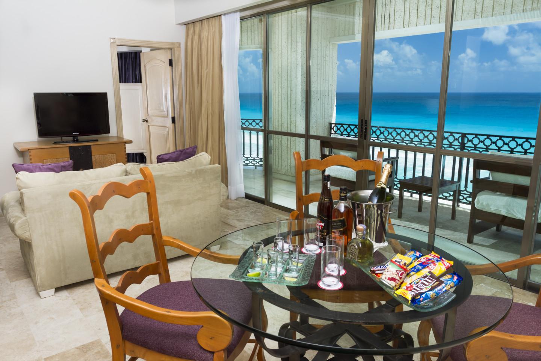 Sandos_Cancun_Suite_Caribe4_0